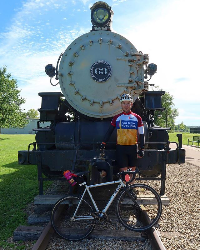 Quick pit stop off the locomotive that was Day 3 of #pohr2017. Doing these miles (and hills!) single speed has been challenging sure, but it's nothing compared to those dealing with cancer.  #onegearisallyouneed #randysmilesforhope - from Instagram
